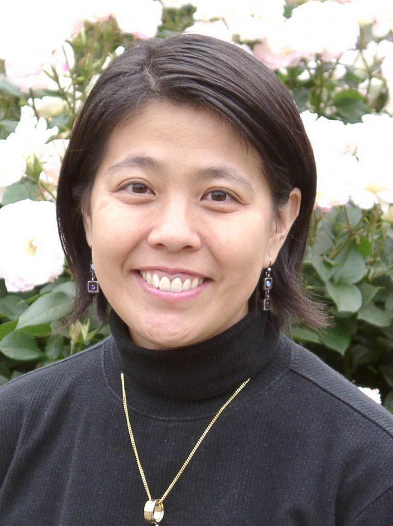 石坪佐季子さんの顔写真