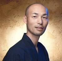 家塚 勇治さんの顔写真